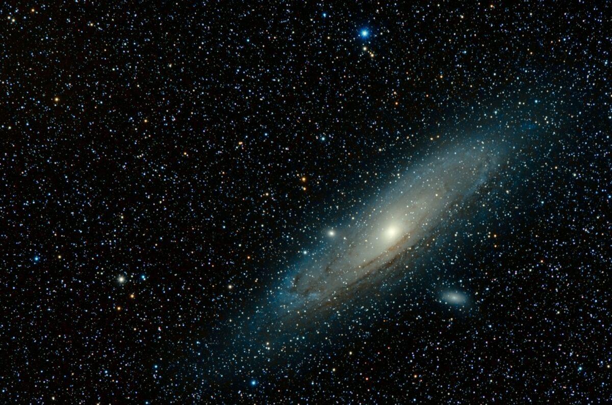 Возможно, вселенная умирала и рождалась миллионы раз