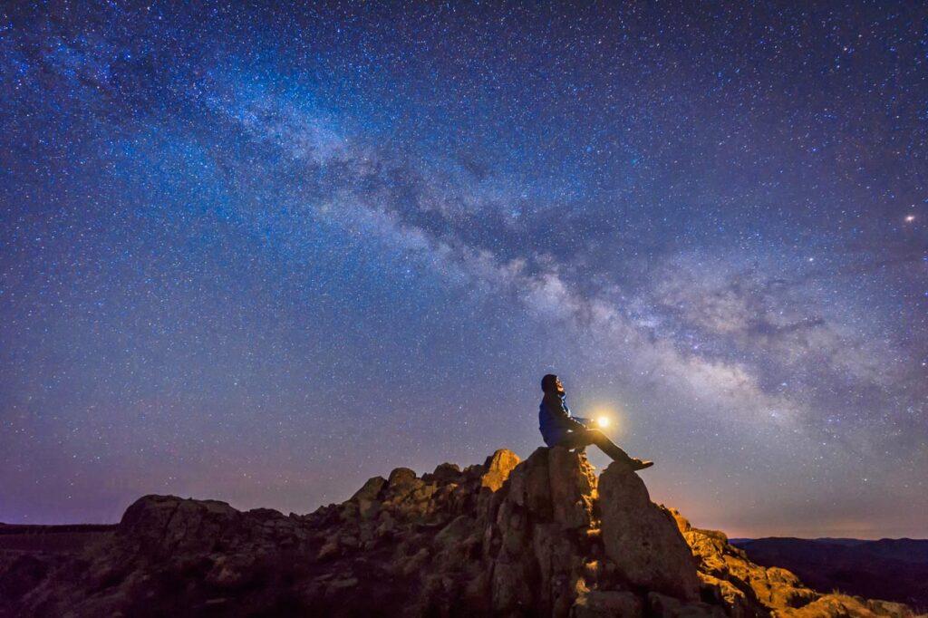 Совсем скоро мы узнаем, придется ли пересмотреть наше понимание Вселенной.